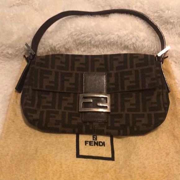 f77af0c95d32 Fendi Handbags - Final Price! Authentic Fendi Baguette logo bag